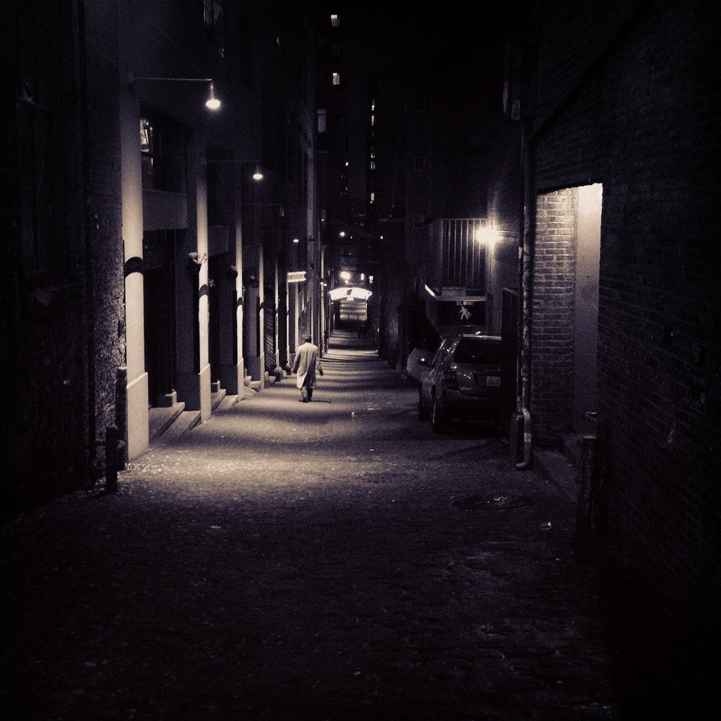 alley-night-egypt