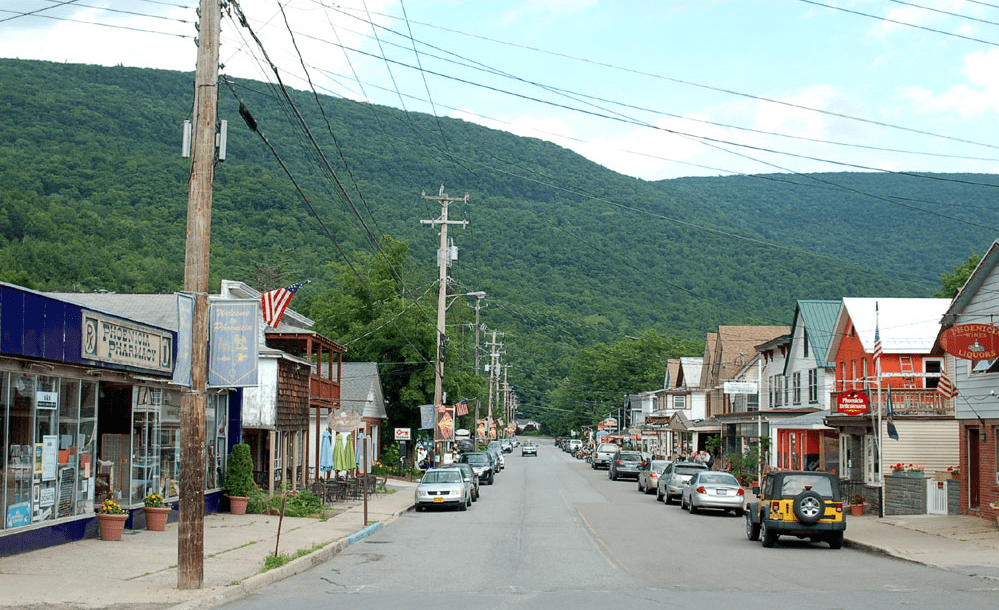Phoenicia Streetview, Shandaken - Weekend getaways near New York