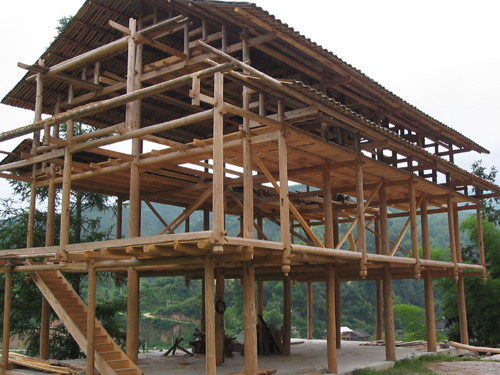 Skeleton structure of a Dong house architectural style