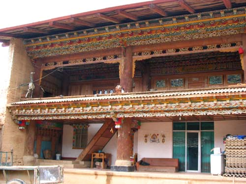 Characterisitic front elevation of a Tibetan house in Zhongdian