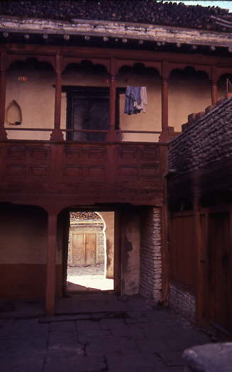 courtyard-thakali-house