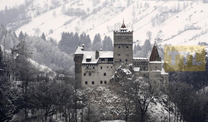Castle_of_transylvania_Romania