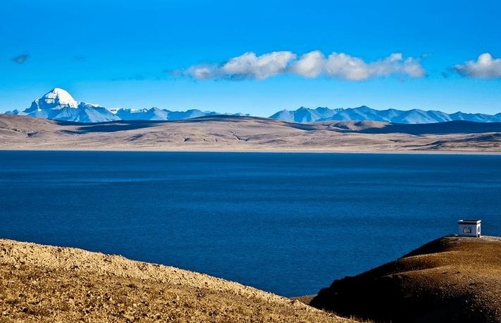 mount kailash view from maansarover lake tibet china